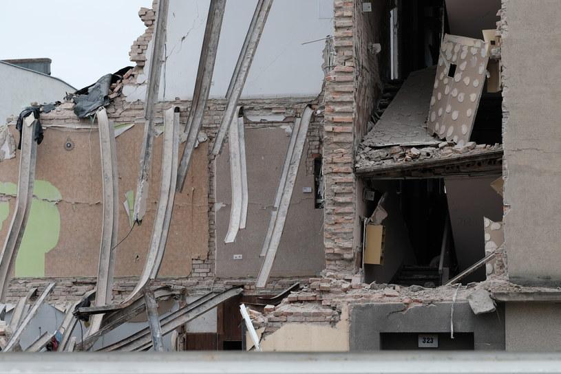 Częściowo zawalona kamienica na poznańskim Dębcu /ADRIAN WYKROTA /East News