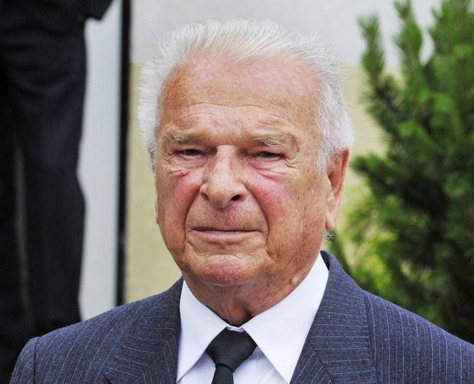 Czesław Kiszczak na pogrzebie Wojciecha Jaruzelskiego /Wojtek Laski /East News