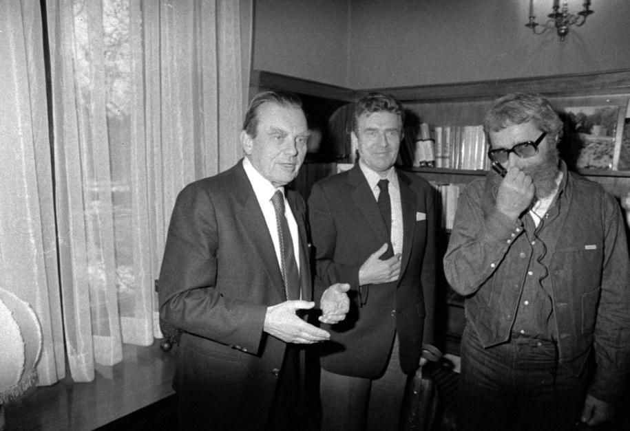 Czesław Miłosz na spotkaniu w Instytucie Polskim w Sztokholmie 13 grudnia 1980 roku /Jerzy Undro/CAF /PAP