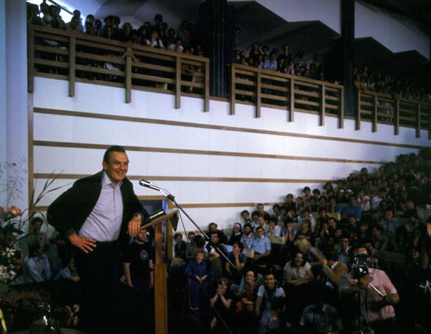 Czesław Miłosz podczas spotkania ze studentami w Lublinie /East News