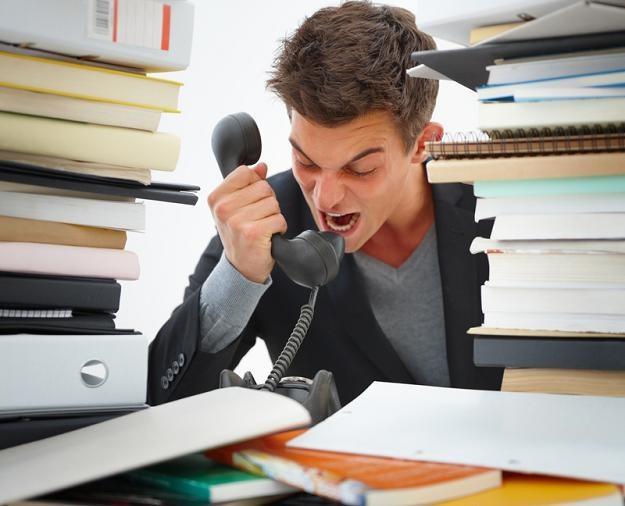Częstą przyczyną stresu jest nadmierne zaangażowanie w sprawy zawodowe /© Panthermedia
