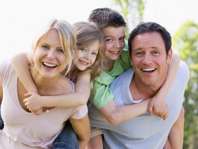 Często podczas wakacji nie wiemy, jak spędzać czas z rodziną  /© Panthermedia