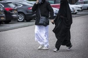 """Członkinie ISIS wracają do Niemiec. """"Największa taka akcja"""""""