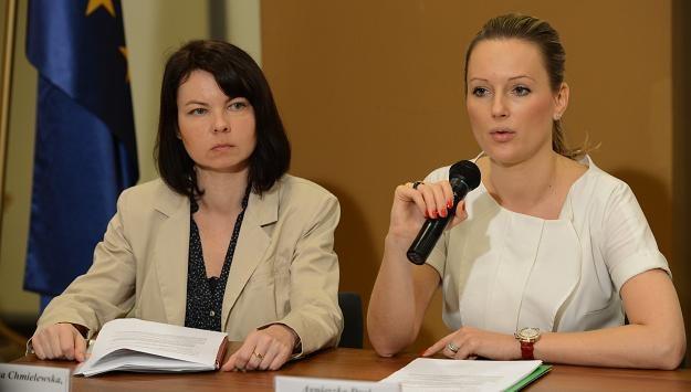 Członkinie zarządu Sky Club Agnieszka Dral (P) i Agnieszka Chmielewska (L) /PAP