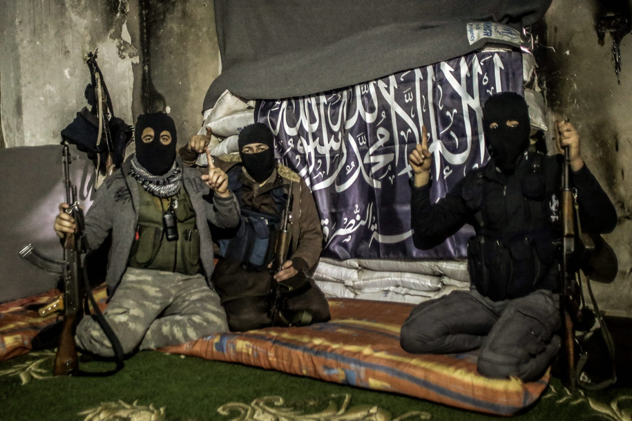 Członkowie Al-Kaidy /Khader Ibrahim/Abaca /PAP/EPA