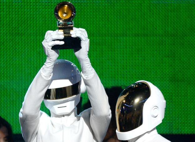 Członkowie Daft Punk nie pokazują twarzy - fot. Kevork Djansezian /Getty Images/Flash Press Media