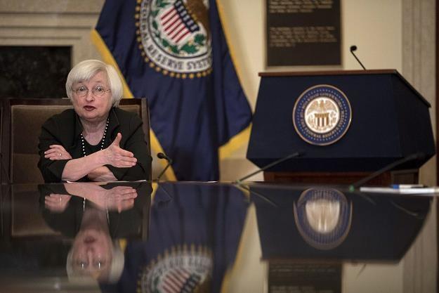 Członkowie Fed podzieleni co do daty rozpoczęcia redukcji bilansu /AFP