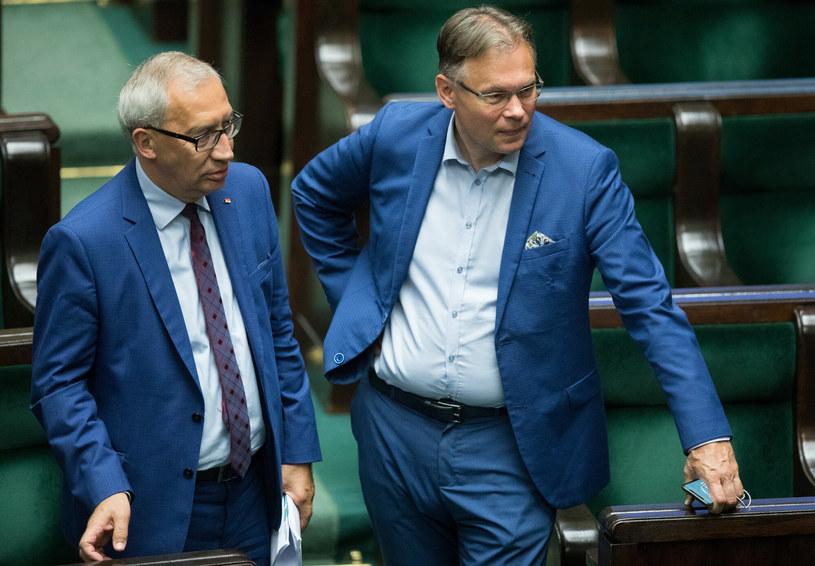 Członkowie KRS i posłowie PiS Kazimierz Smoliński i Arkadiusz Mularczyk /Tomasz Jastrzębowski /East News