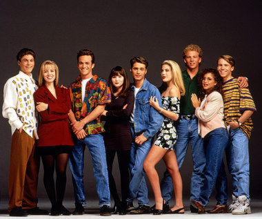 """Członkowie obsady """"Beverly Hills, 90210"""" wspominają Luke'a Perry'ego"""