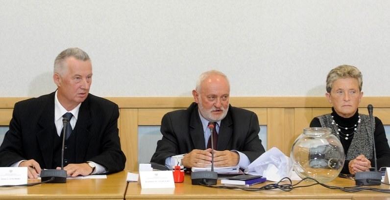 Członkowie PKW: Stefan Jaworski , Kazimierz Czaplicki , Maria Grzelka /Witold Rozbicki /Reporter
