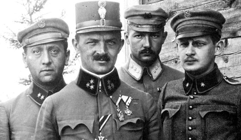 Członkowie sztabu drugiego pułku piechoty Legionów /domena publiczna