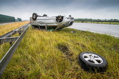 Członkowie zespołu Skaldowie mieli wypadek na autostradzie A1