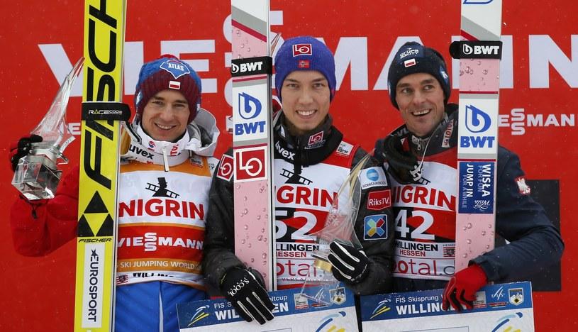 Czołowa trójka niedzielnego konkursu w Willingen (od lewej): Stoch, Forfang i Żyła /PAP/EPA
