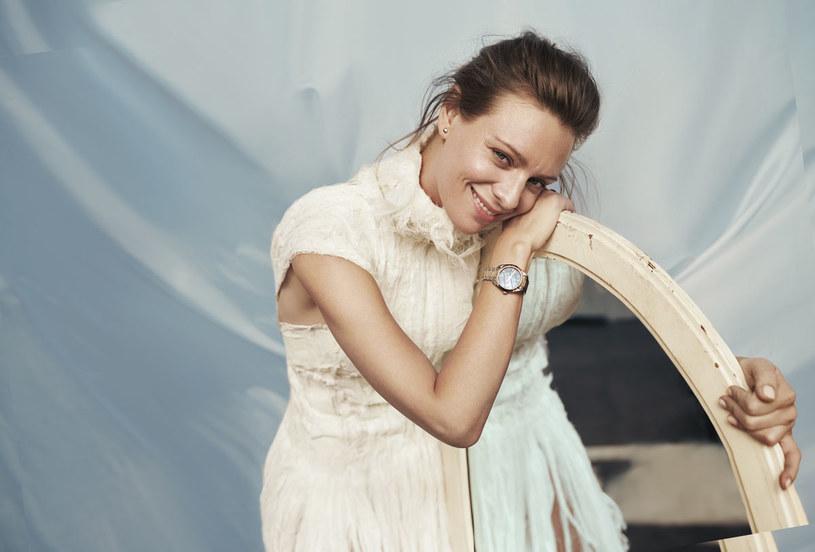 Czterdziestka? Kiedyś mówiło się, że to wiek średni. Dzisiaj młodość to raczej stan ducha - mówi Magdalena Boczarska, fot. Agnieszka Kulesza & Łukasz Pik/Complete Artist /Twój Styl