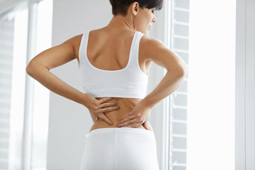 Czujesz dyskomfort w nerkach? Być może to echa przebytej niedawno choroby /123RF/PICSEL
