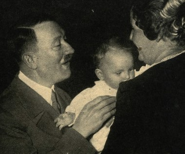 Czuli i opiekuńczy czy bezlitośni tyrani domowi? Jakimi ojcami byli czołowi naziści?