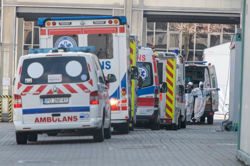Czwarta fala pandemii COVID-19. Kto najbardziej zagrożony? /LUKASZ GDAK/POLSKA PRESS /East News