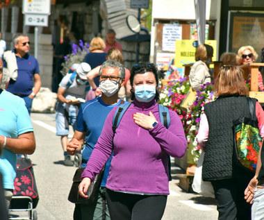 Czwarta fala pandemii zaczyna wzbudzać obawy wśród Polaków