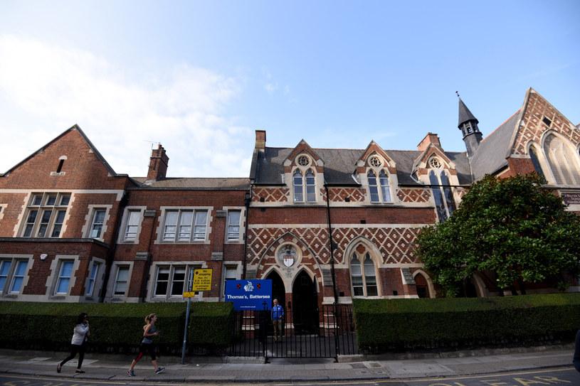 Czworo uczniów szkoły Thomasa Battersea zostało objętych kwarantanną /Getty Images