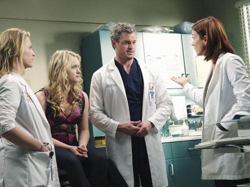 Czy Addison uratuje wnuczka Marka? /materiały prasowe