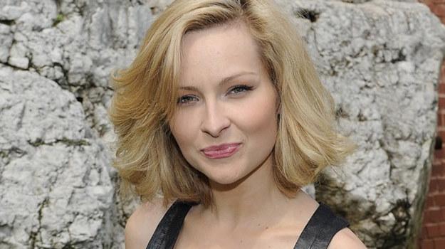 Czy Aleksandra (Marieta Żukowska) pokrzyżuje miłosne plany Majki? / fot. Kurnikowski /AKPA