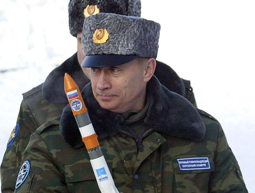 Czy ambicje Putina doprowadzą do nowego kosmicznego wyścigu? /AFP
