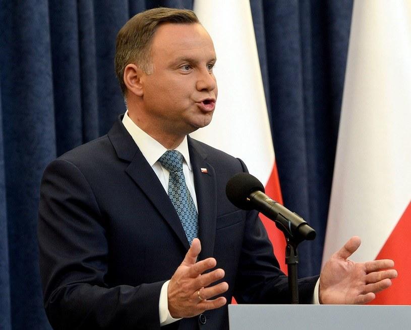 Czy Andrzej Duda ponownie zawetuje obie ustawy? /AFP