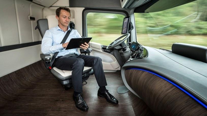 """Czy autonomiczne ciężarówki oznaczają koniec zawodu """"kierowca""""? /materiały prasowe"""