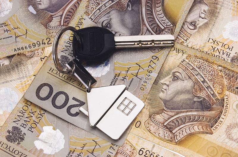 Czy będzie trudniej zarabiać na najmie? /© Panthermedia