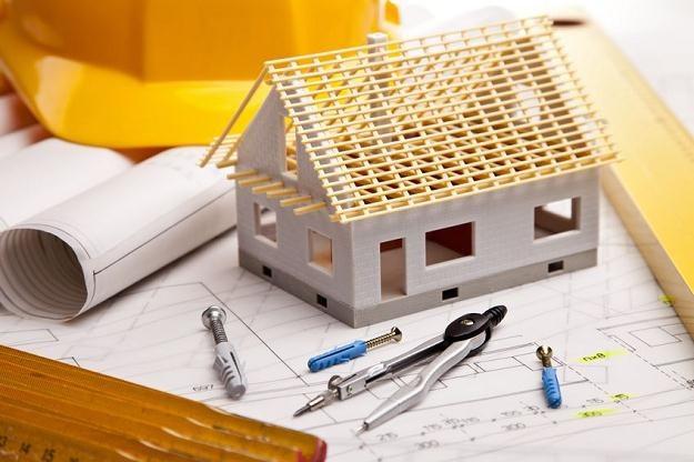 Czy budując nowy dom warto się dostosowywać do wymogów NFOŚiGW? /©123RF/PICSEL
