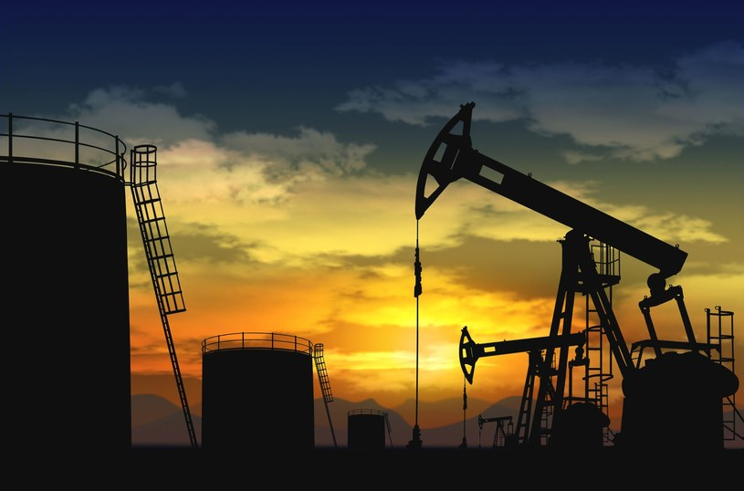 Czy ceny ropy wciąż będą spadać? /123RF/PICSEL