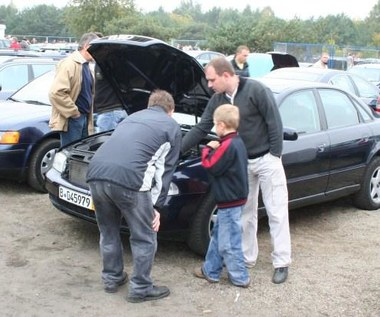 Czy da się kupić dobry samochód za 10 tys. zł?  Tutaj się tego dowiesz