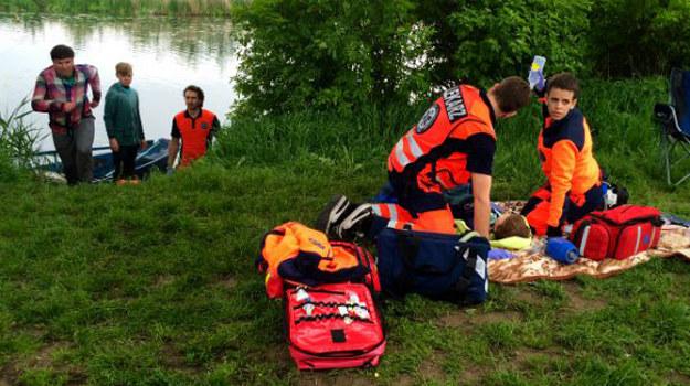 Czy doktor Banach zdoła pomóc chłopcu, który wpadł do wody i stracił przytomność? /www.nasygnale.tvp.pl/