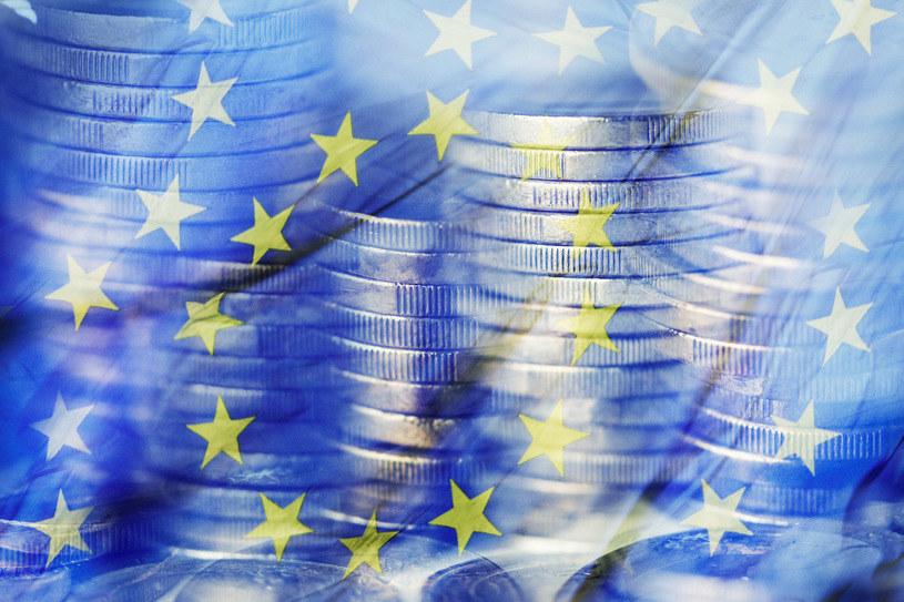 Czy EBC osłabi euro? /123RF/PICSEL