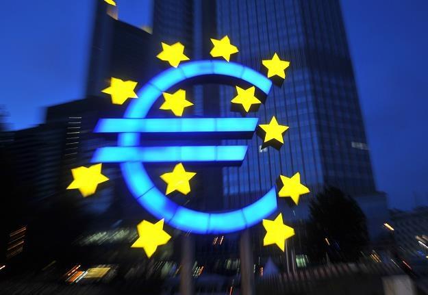 Czy EBC zaleje rynki pieniędzmi? /AFP
