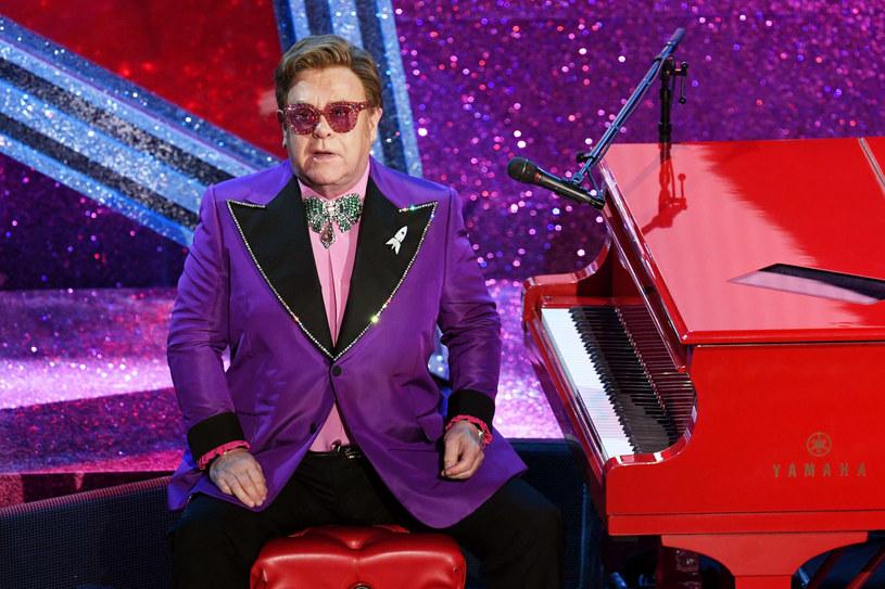 Czy Elton John poradzi sobie z krachem w branży rozrywkowej? /KEVIN WINTER / GETTY IMAGES NORTH AMERICA / AFP  /East News
