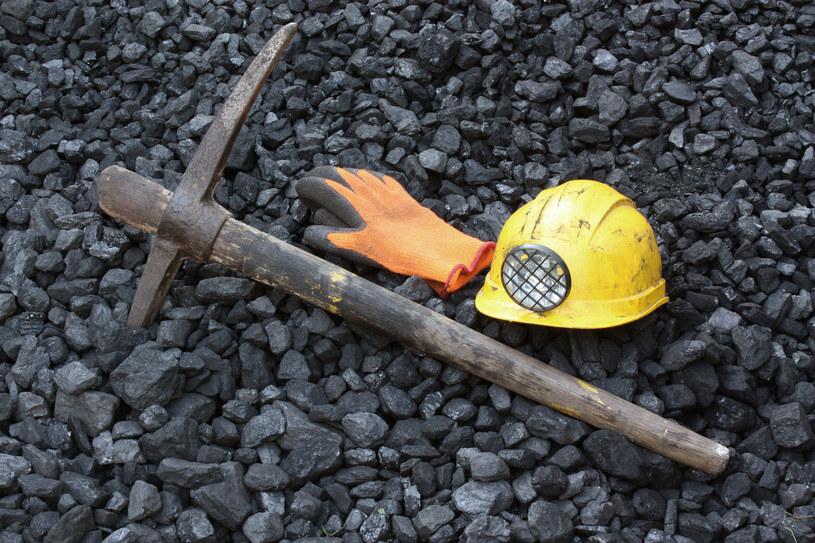 """Czy górnicy zgodzą się na zamykanie kopalń? Rząd przedstawi """"łagodniejszy"""" plan dla polskich kopalń /123RF/PICSEL"""
