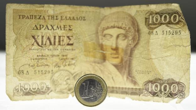 Czy Grecy wrócą do drachmy, kiedyś swojej narodowej waluty? /EPA