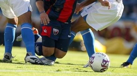 Czy groźby wyrzucenia nas ze struktru to faul FIFA i UEFA? /AFP