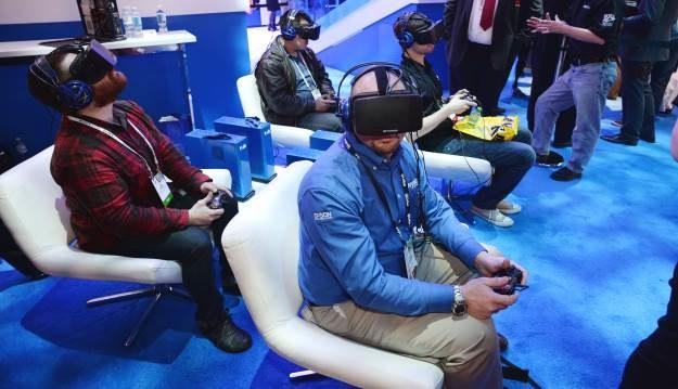 Czy grozi nam ucieczka do wirtualnej rzeczywistości? Oculus Rift robi tak niesamowite wrażenie, że człowiek nie chce go ściągać /AFP
