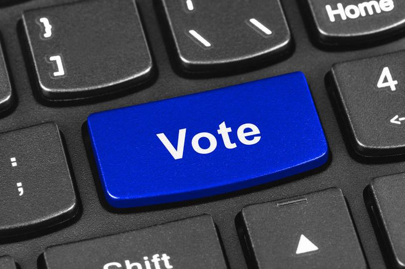 Czy hakerzy rzeczywiście mogą wpłynąć na wynik wyborów? /123RF/PICSEL