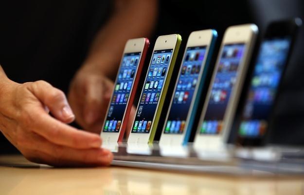 Czy iPhone 5 będzie wart swojej ceny? /AFP