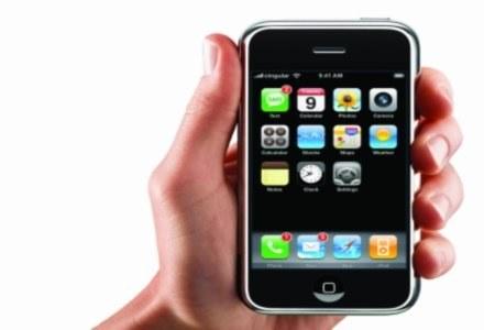 Czy iPhone wywoła rewolucję, jak zrobił to iPod? /materiały prasowe