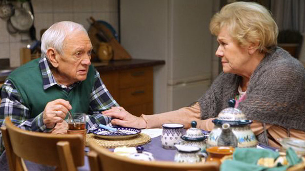 Czy Jane zrealizuje swój plan - i odbierze Mostowiakom rodzinny dom? /MTL Maxfilm