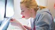 Czy jedzenie w samolocie musi źle smakować?