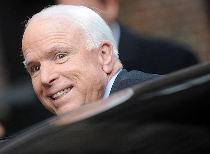 Czy John McCain dotrzyma słowa? /LFI/Photoshot /Reporter