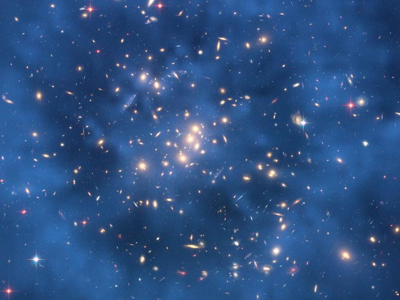 Czy kiedyś uda się zidentyfikować ciemną materię? /NASA