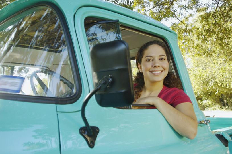 Czy kobiety mają szansę na pracę w branży TSL? /© Glowimages
