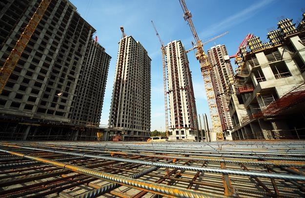 Czy kolejny światowy kryzys gospodarczy zacznie się w sektorze budowlanym? /©123RF/PICSEL