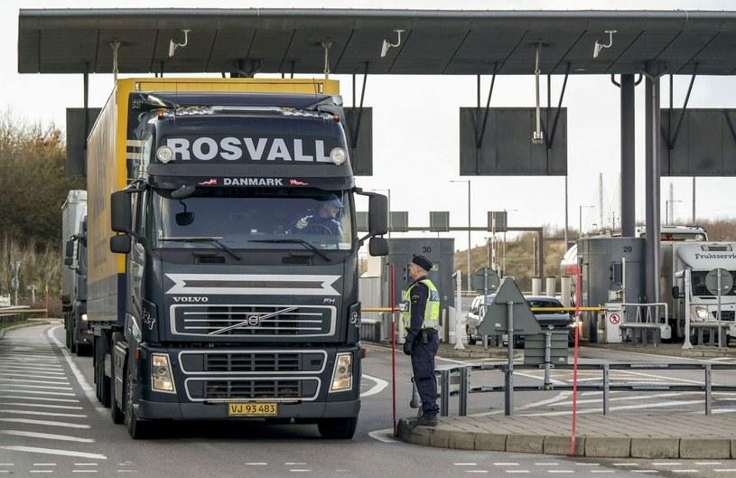 Czy kontrole na granicach zostaną przywrócone? /AFP
